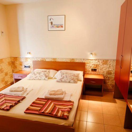Apartments Dalmatia - Pansion Dalmacija -