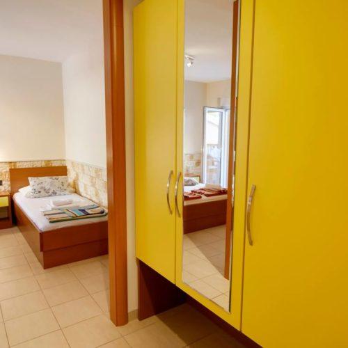 Apartments Dalmatia - Pansion Dalmacija - _13