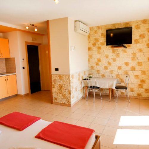 Apartments Dalmatia - Pansion Dalmacija - _4